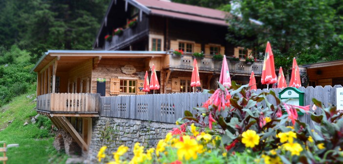 Grüne Wand Hütte im Stilluptal